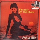 Stranger on the Shore - Acker Bilk With The Leon Young String Chorale