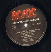 LP - AC/DC - For Those About To Rock We Salute You - 180g