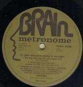 LP - Caravan - For Girls Who Grow Plump In The Night - METRONOME GREEN BRAIN