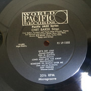 LP - Chet Baker - Sings And Plays With Bud Shank, Russ Freeman And Strings