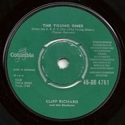 7inch Vinyl Single - Cliff Richard & The Shadows - The Young Ones