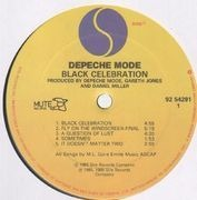 LP - Depeche Mode - Black Celebration - Embossed Cover