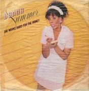 12'' - Donna Summer - She Works Hard For The Money