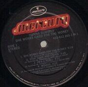 LP - Donna Summer - She Works Hard For The Money