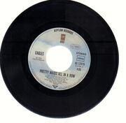 7inch Vinyl Single - Eagles - Hotel California