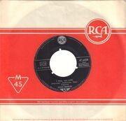 7inch Vinyl Single - Elvis Presley - Heartbreak Hotel - Original German, Company Sleeve, S1 Label