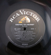 LP - Elvis Presley - Something For Everybody - Indianapolis Pressing