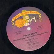 LP - Frank Zappa - Ship Arriving Too Late To Save A Drowning Witch - Pitman Pressing Side B