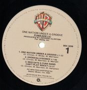 LP - Funkadelic - One Nation Under A Groove - Gatefold