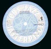 LP - Miles Davis - Milestones