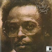 Double CD - Miles Davis - Get Up With It