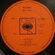 LP - Miles Davis - Milestones - UK