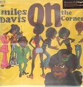 LP - Miles Davis - On The Corner - 180 GRAM