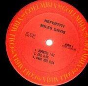 LP - Miles Davis - Nefertiti