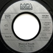 7inch Vinyl Single - Musical Youth - Pass The Dutchie