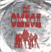 LP - Omega - Élő Omega - Red lettering, metal cover, Hungarian labels