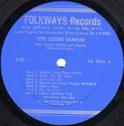 10'' - Pete Seeger - The Pete Seeger Sampler - Sill Sealed