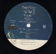 Double LP - Pink Floyd - The Wall - WALL STICKER ON COVER