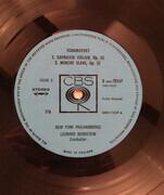 LP - Pyotr Ilyich Tchaikovsky / Leonard Bernstein , The New York Philharmonic Orchestra - Bernstein Conducts Tchaikovsky 1812 Overture; Marche Slave; Capriccio Italien
