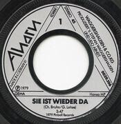 7inch Vinyl Single - Stefan Waggershausen & Co. KG. - Sie Ist Wieder Da / Mona