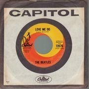 7'' - The Beatles - Love Me Do - 1st canadian, company sleeve