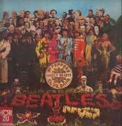 LP - The Beatles - Sgt. Pepper's Lonely Hearts Club Band - w CUT OUT CARD, RED GOLDEN LABEL