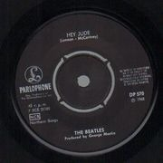 7inch Vinyl Single - The Beatles - Hey Jude / Revolution - 'Dagens Nyheter' Sleeve