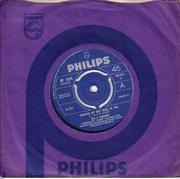 7inch Vinyl Single - The Four Seasons - Working My Way Back To You - 3-Prong Push-Out Centre