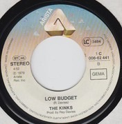 7inch Vinyl Single - The Kinks - (Wish I Could Fly Like) Superman