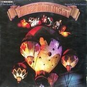 Double LP - Three Dog Night - Around The World With Three Dog Night - Gatefold