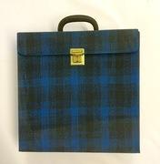 Vinyl Storage - Vintage SchallplattenKoffer - mit blau/schwarzem Karomuster, für 30 LPs