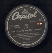LP - Wings - Venus And Mars - 2 Poster + 1 Sticker