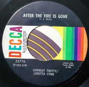 Conway Twitty & Loretta Lynn - After The Fire Is Gone