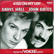 Daryl Hall & John Oates - Kiss On My List
