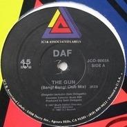 Deutsch Amerikanische Freundschaft - The Gun