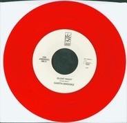 Garth Brooks - Silent Night / White Christmas