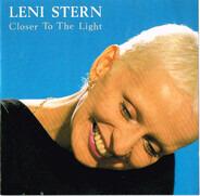 Leni Stern - Closer to the Light
