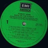 Robert John - Back on the Street