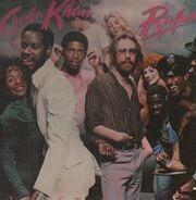 Rufus & Chaka Khan - Street Player