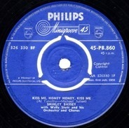 Shirley Bassey With Wally Stott And His Orchestra And Chorus - Kiss Me, Honey Honey, Kiss Me