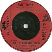 Sweet People - And The Birds Were Singing (Et Les Oiseaux Chantaient)