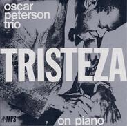The Oscar Peterson Trio - Tristeza on Piano