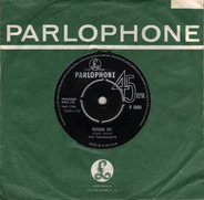 The Paramounts - Poison Ivy / I Feel Good All Over