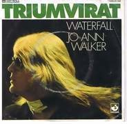 Triumvirat - Waterfall / Jo Ann Walker