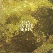 Walter Cronkite - Man On The Moon