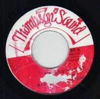 Barrington Levy & Linval Thompson - Police & Soldier
