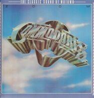 Commodores - Zoom