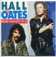 Daryl Hall & John Oates - Bigger Than Both of Us