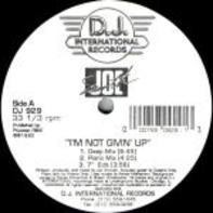 Joe Smooth - I'm Not Givin' Up / One Moment In Love