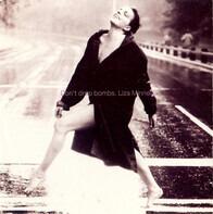Liza Minnelli - Don't Drop Bombs